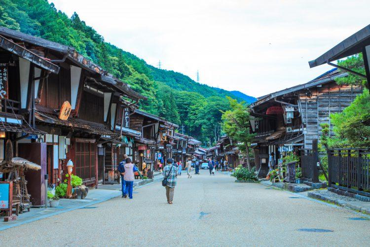 奈良井宿】中山道ド真ん中の宿場町 | マルホデザイン