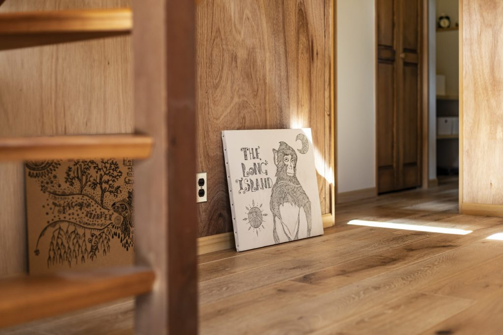 岐阜県土岐市戸建てリノベーション事例の玄関ホールのラワン合板