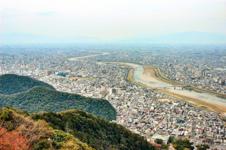 岐阜市空き家改修の補助金_岐阜城から見た風景