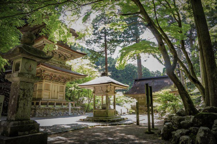美濃の正倉院両界山横蔵寺の中2