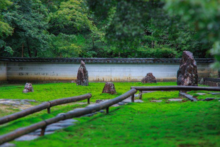 岐阜市にある真長寺の龍安寺の石庭と同じ様式のお庭