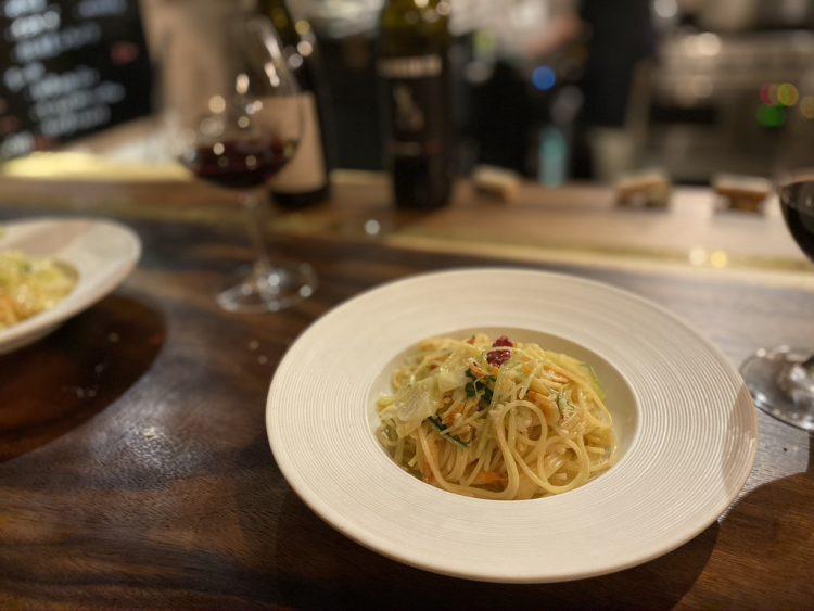 岐阜県各務原市鵜沼にある鵜沼葡萄酒食堂で食べられるペペロンチーノ
