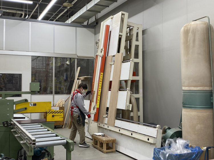 ホームセンターカーマ穂積店の作業スペース