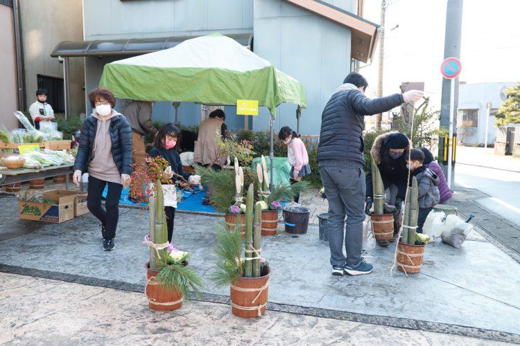 岐阜市でお正月の門松作り