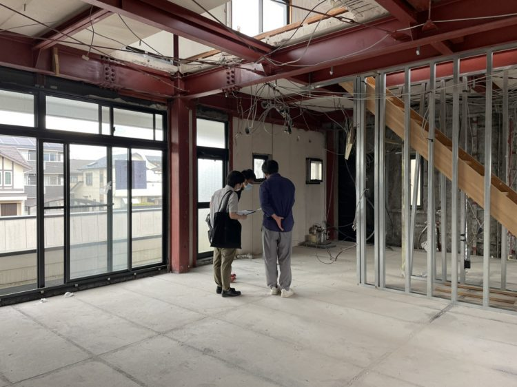 岐阜市長良の鉄骨3階建てのリノベーション工事
